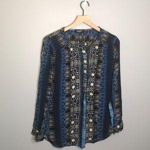 Nine West Jeans | blue printed button up shirt L